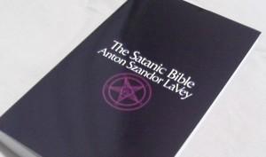 satanicbible-300x177